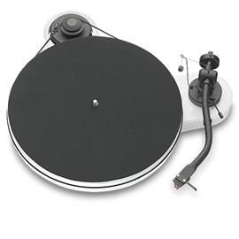 Pro-Ject RPM 1.3 Genie - record player incl. tonearm + Ortofon 2M Red MM cartridge (glossy white)