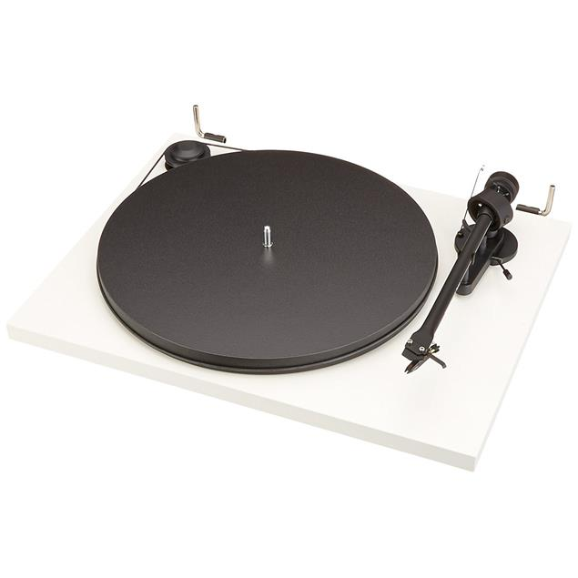 Pro-Ject Essential II Phono USB - record player incl. tonearm + Ortofon cartridge OM 5E + phonobox + USB (white / incl. USB connection / incl. dust cover)
