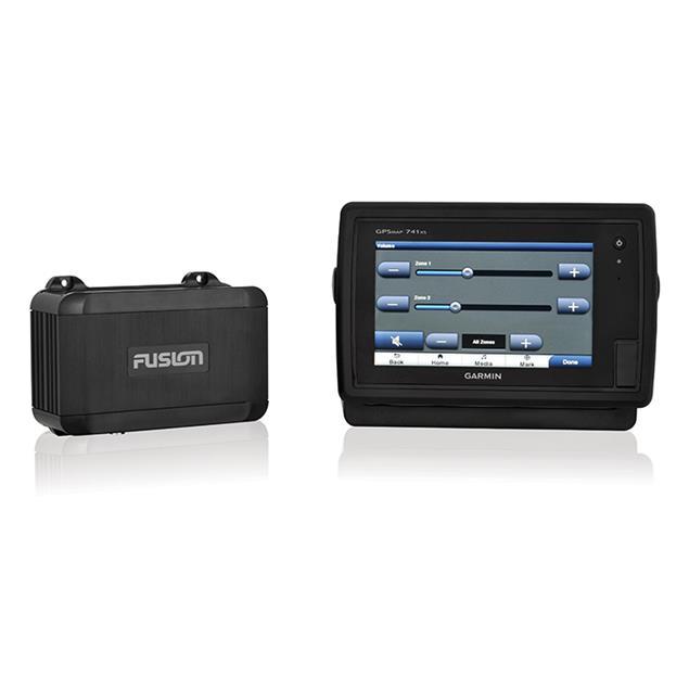 FUSION MS-BB100 - Marine Black Box with Bluetooth Wired Remote (Bluetooth A2DP / NMEA 2000 / 200 Watts / AM/FM / AUX / black)