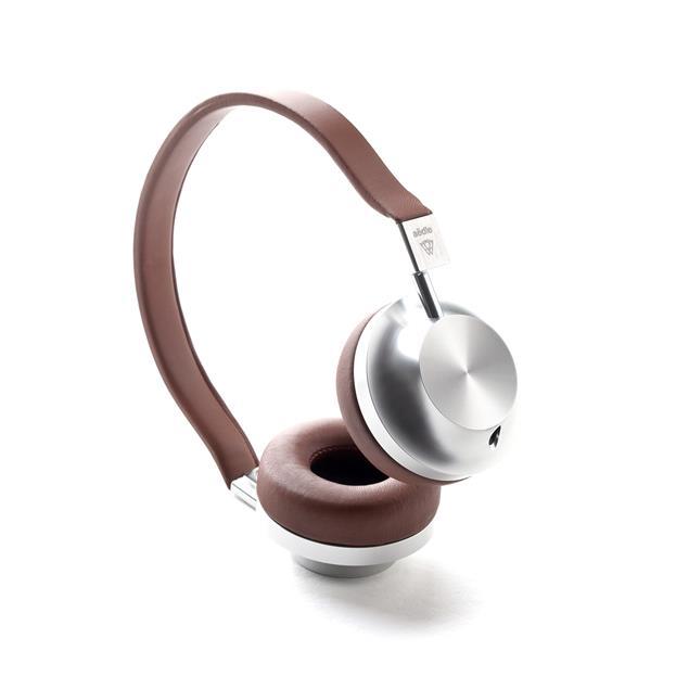 Aëdle VK-2 CLASSIC - high-end on-ear headphones (CNC-machined aluminum grade 6000 / brown lambskin leather)