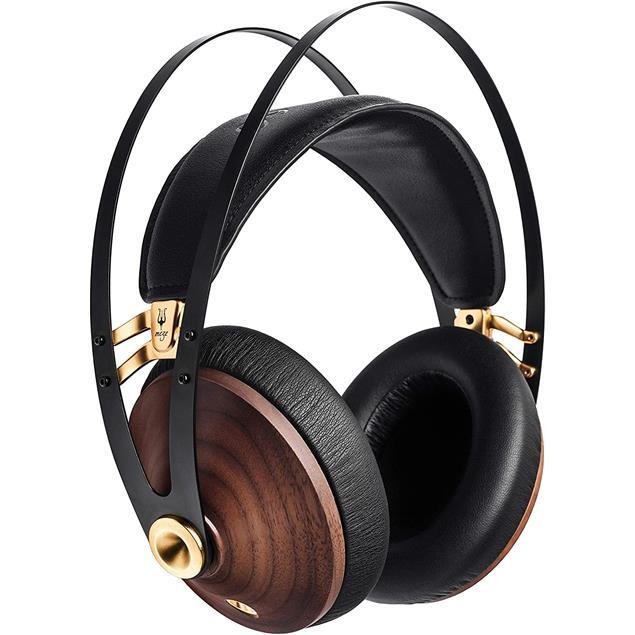 Meze Audio 99 Classics - closed headphones in walnut gold